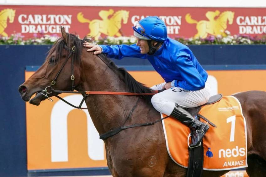 Oliver ends Guineas drought with Godolphin's Anamoe