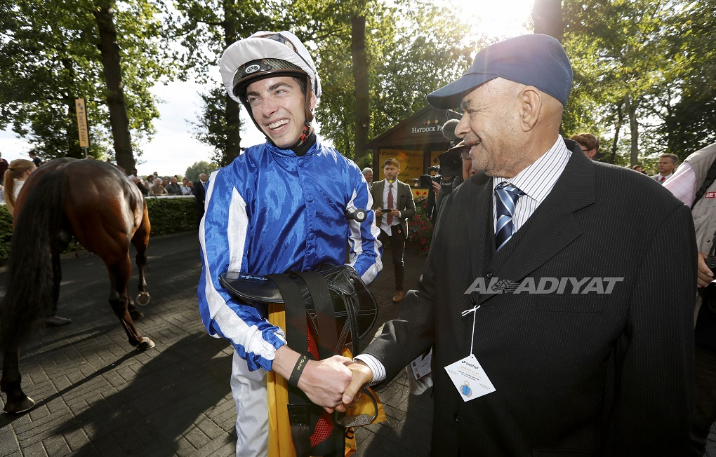 Hello Youmzain wins Sprint Cup at Haydock in style